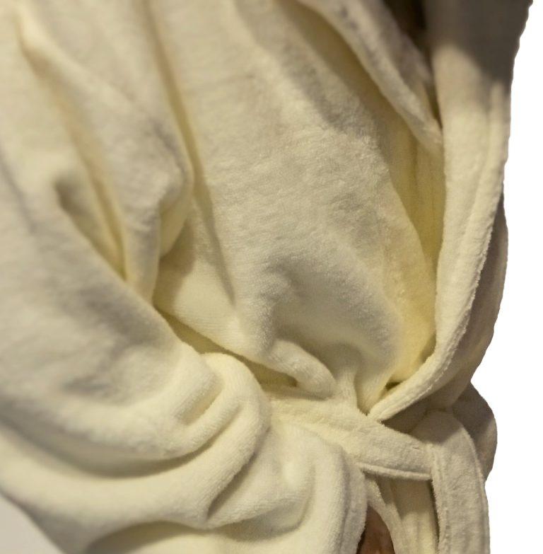 Crème badjas met capuchon van lichtgewicht badstof van Egeria-1127