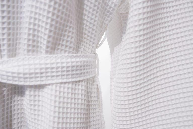 Dunne witte kimono van wafelkatoen van Vossen-955