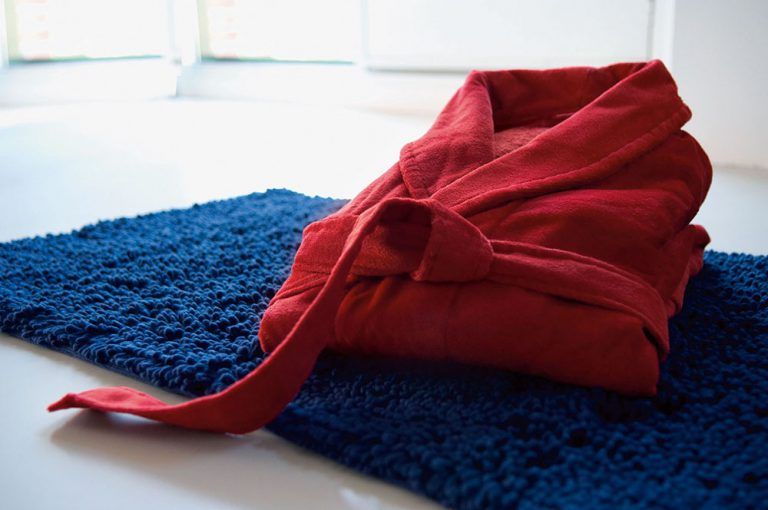 Rode velours badstof badjas met kraag van Vandyck-1012