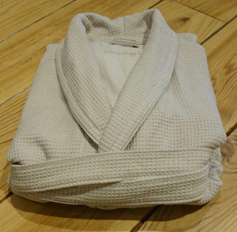Beige kamerjas of badjas van wafelbadstof van Vandyck-1031