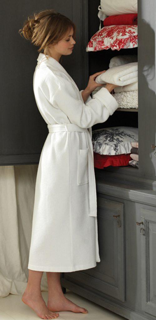 Witte badjas van wafelbadstof van Vandyck-1035