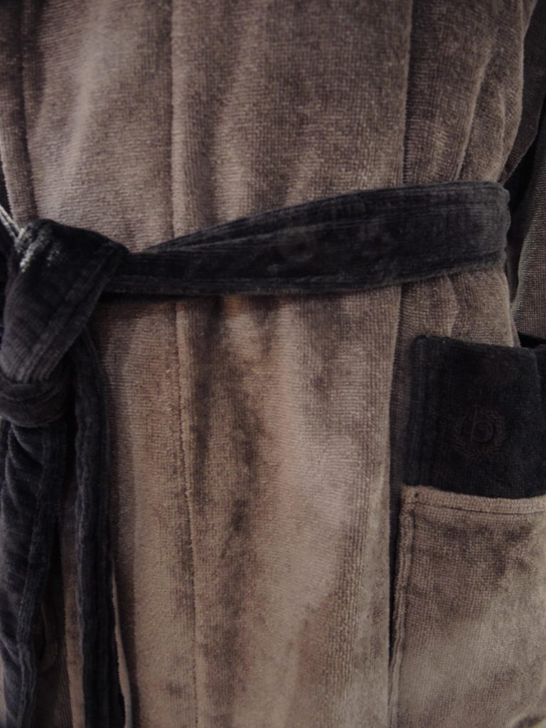 Stoere herenbadjas met capuchon, grijs met zwart van Bugatti-1366